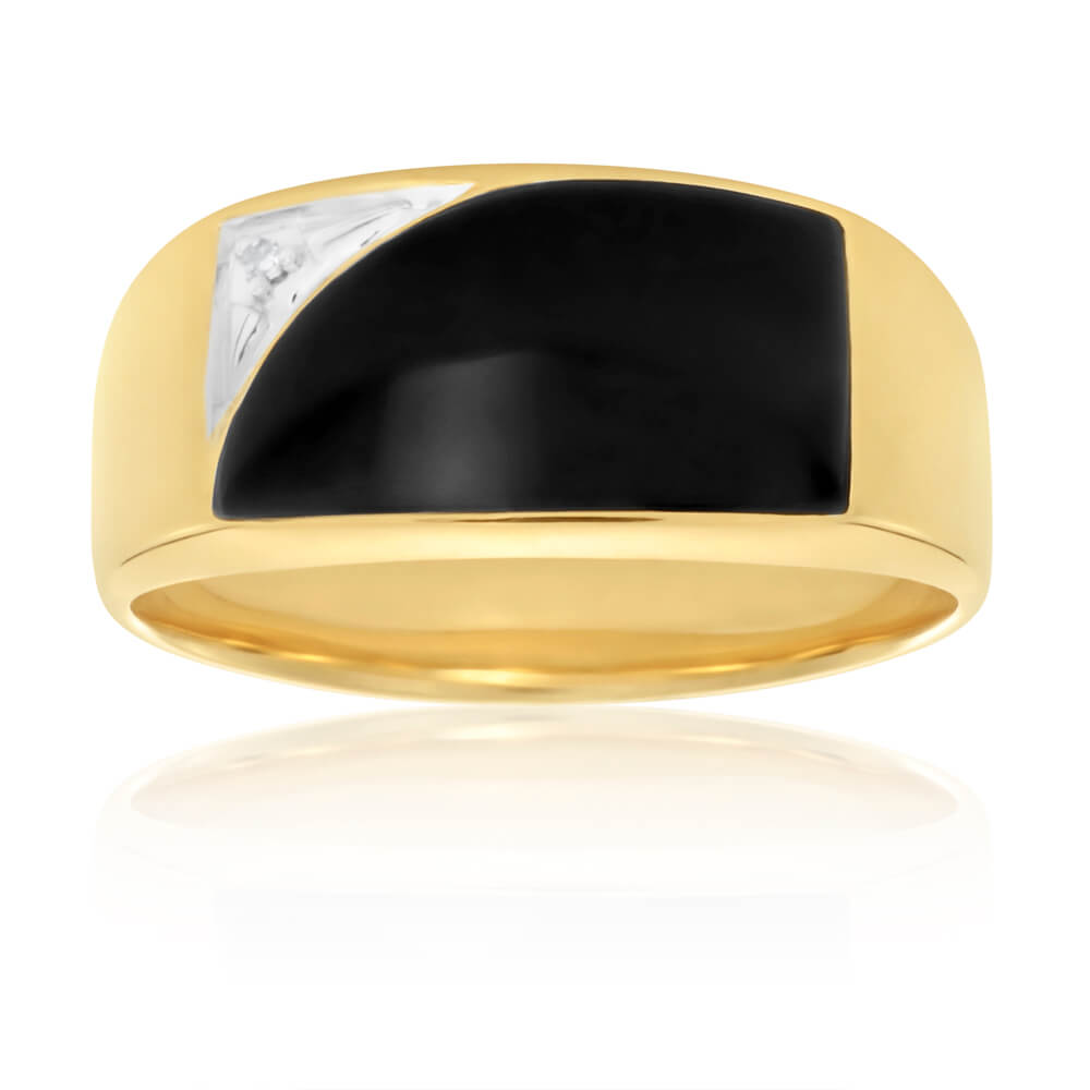 9ct Yellow Gold Onyx and Diamond Gents Ring