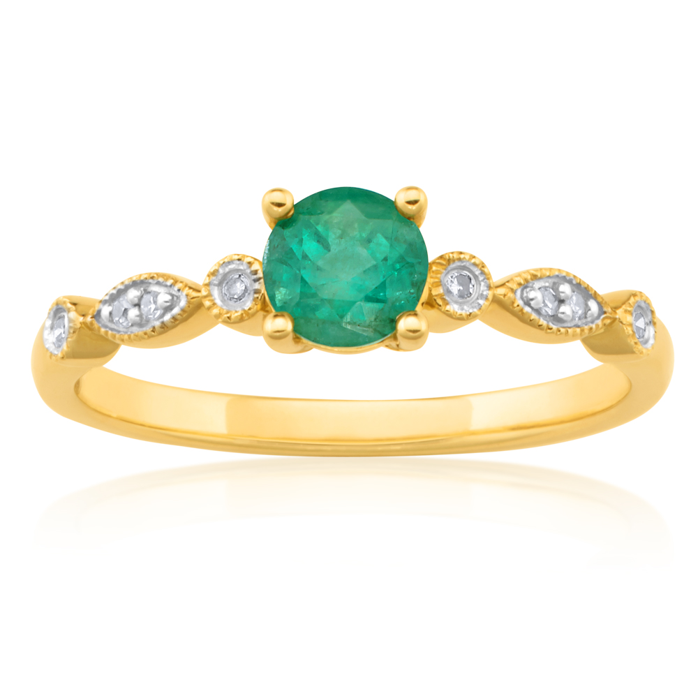 9ct Natural Emerald and Diamond Ring