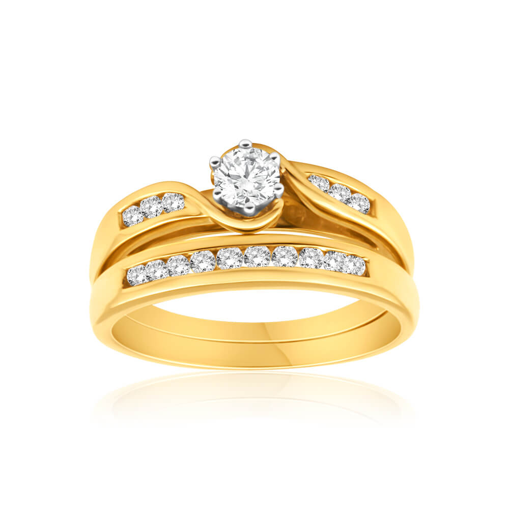 9ct Yellow Gold 2 Ring Bridal Set With 16 Diamonds Totalling 0.5 Carats