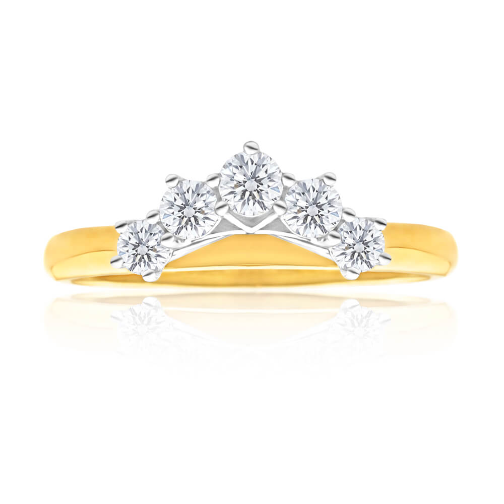 18ct Yellow Gold Ring With 0.5 Carats Of Diamonds Set With 5 Diamonds