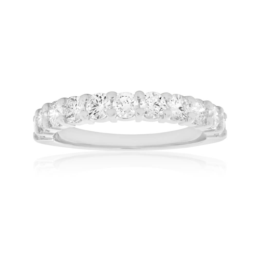 18ct White Gold Ring With 0.75 Carats Of Diamonds