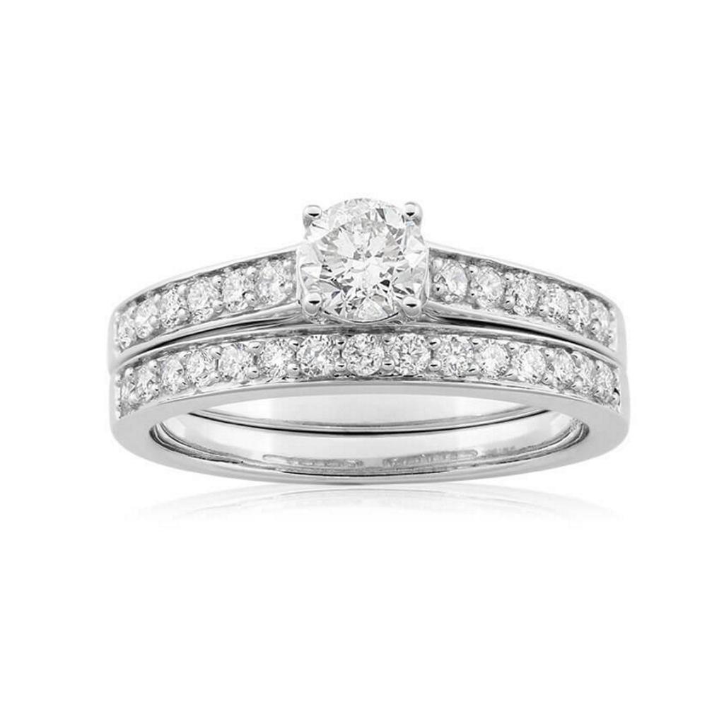 9ct White Gold 2 Ring Bridal Set With 28 Diamonds Totalling 1 Carat
