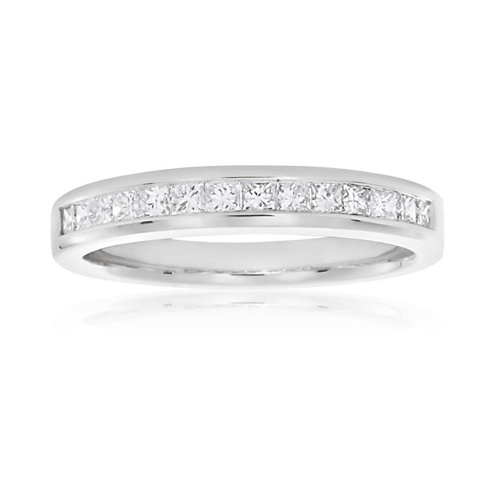 18ct White Gold 1/3 Carat Princess Diamond Ring