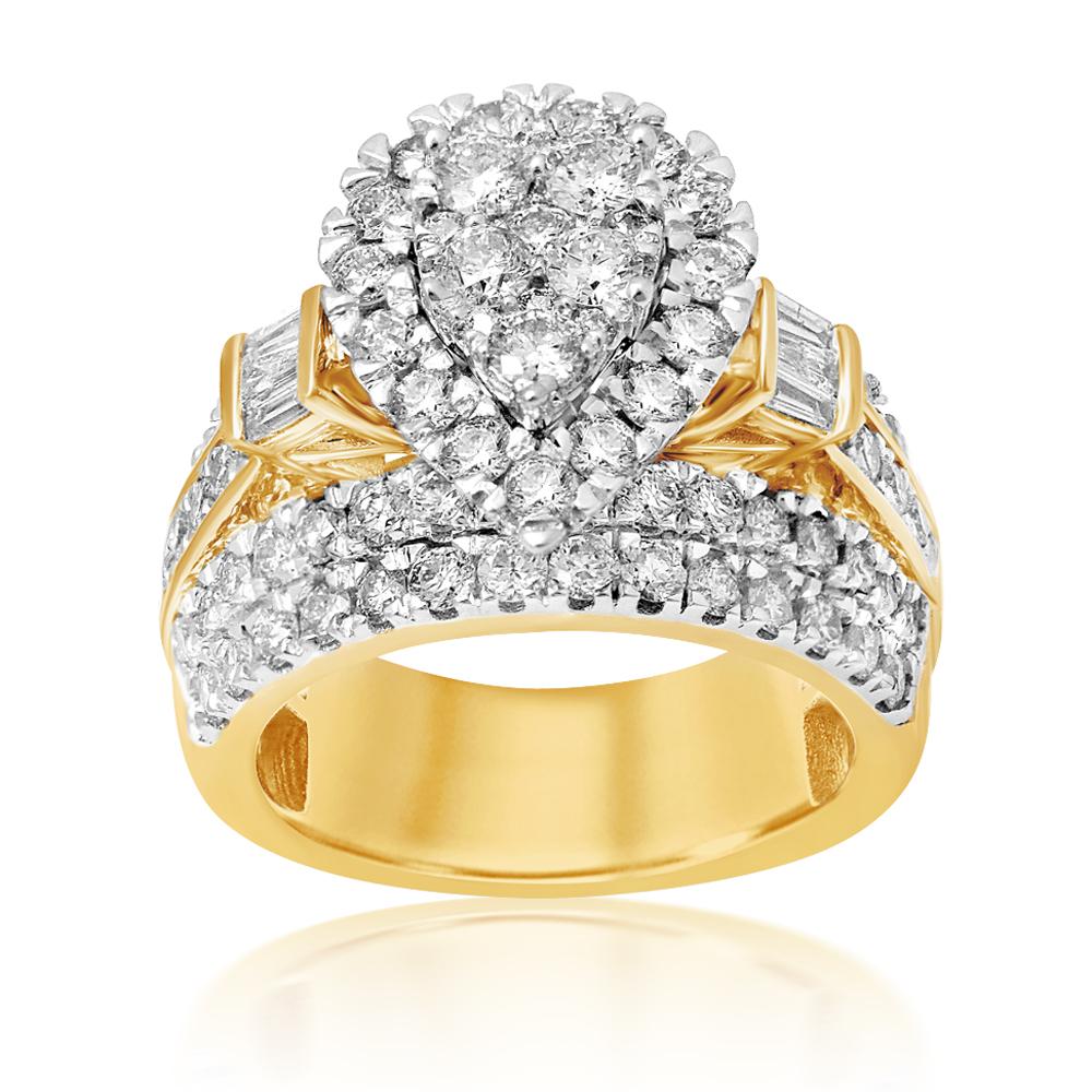 9ct Yellow Gold 3 Carat Pear Shape Diamond Ring