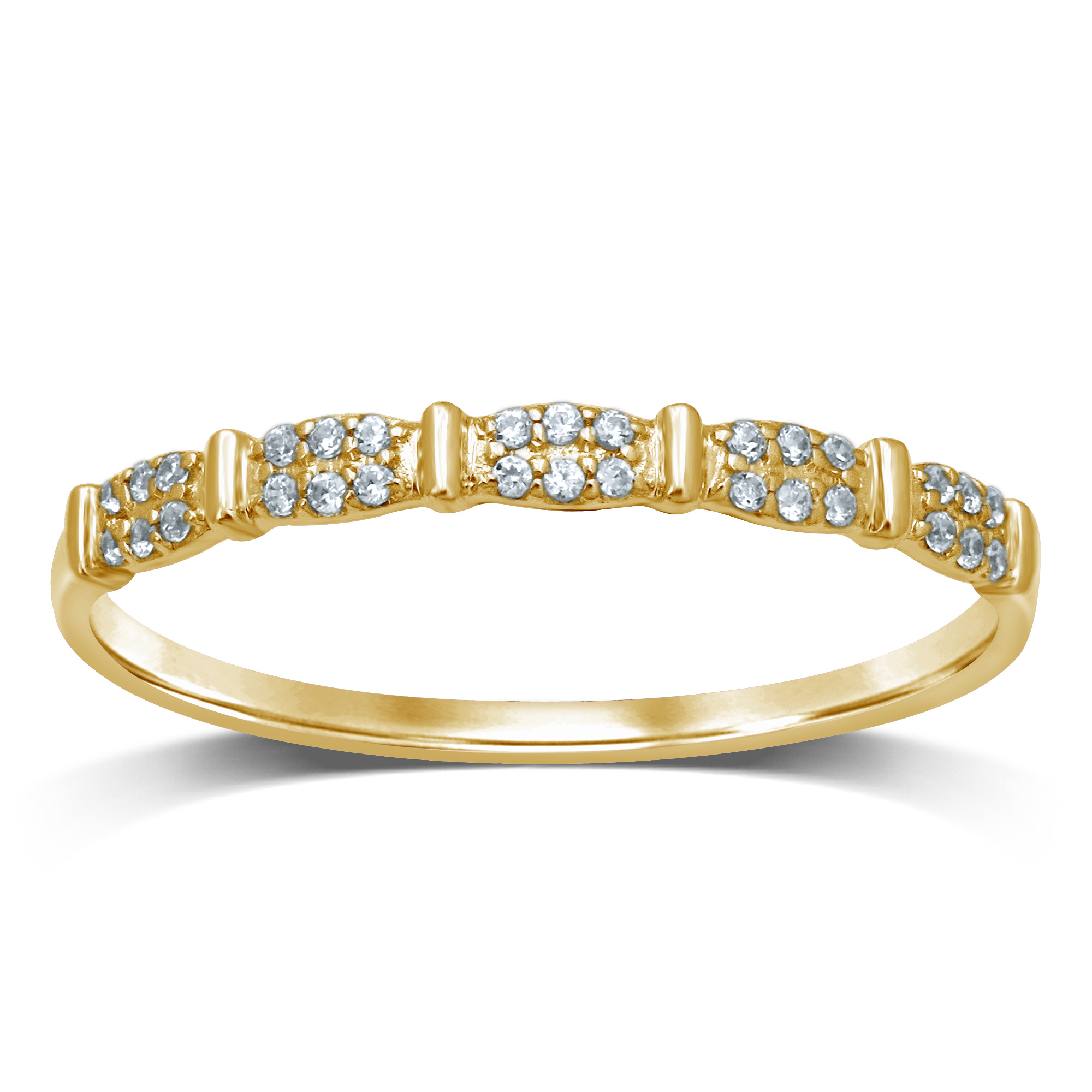9ct Yellow Gold Diamond  Ring with 30 Brilliant Diamonds