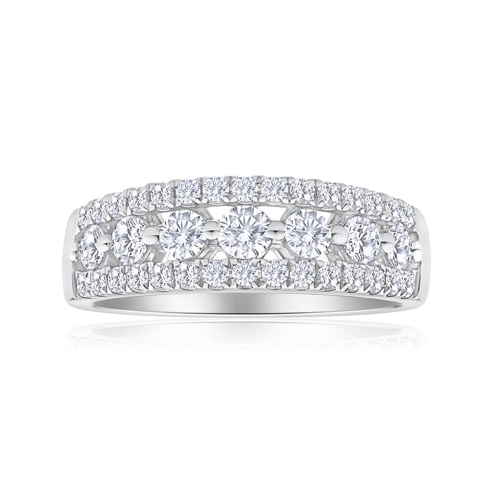 Flawless Cut 18ct White Gold Diamond Ring With 7 Centre Diamonds (TW=1CT)