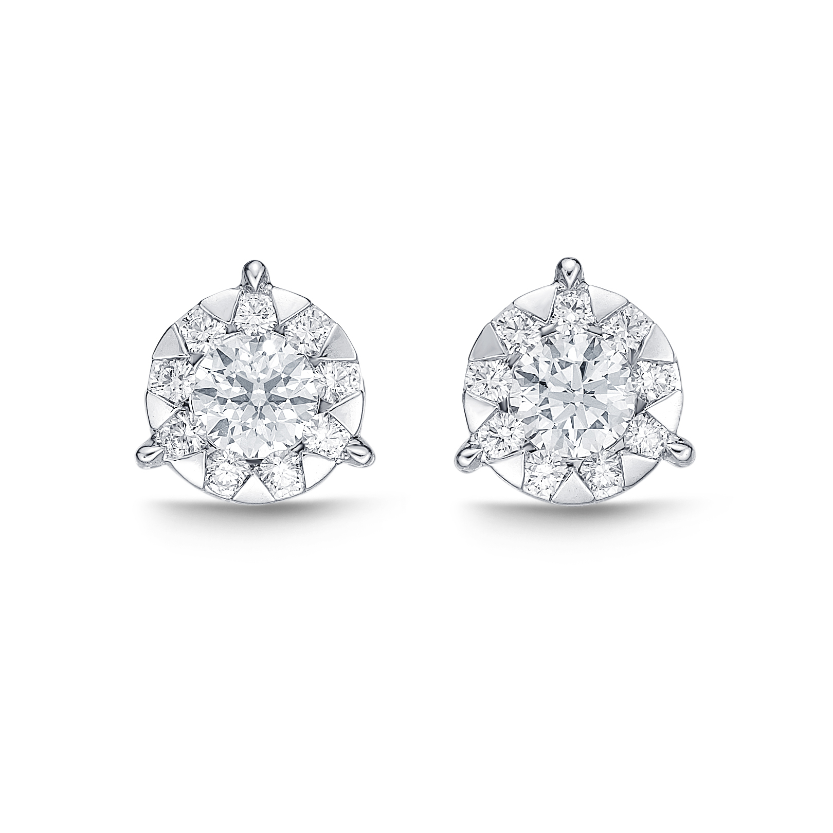 Memoire 18ct White Gold 0.45 Carat Diamond 3 Prong Bouquet Style Stud Earrings