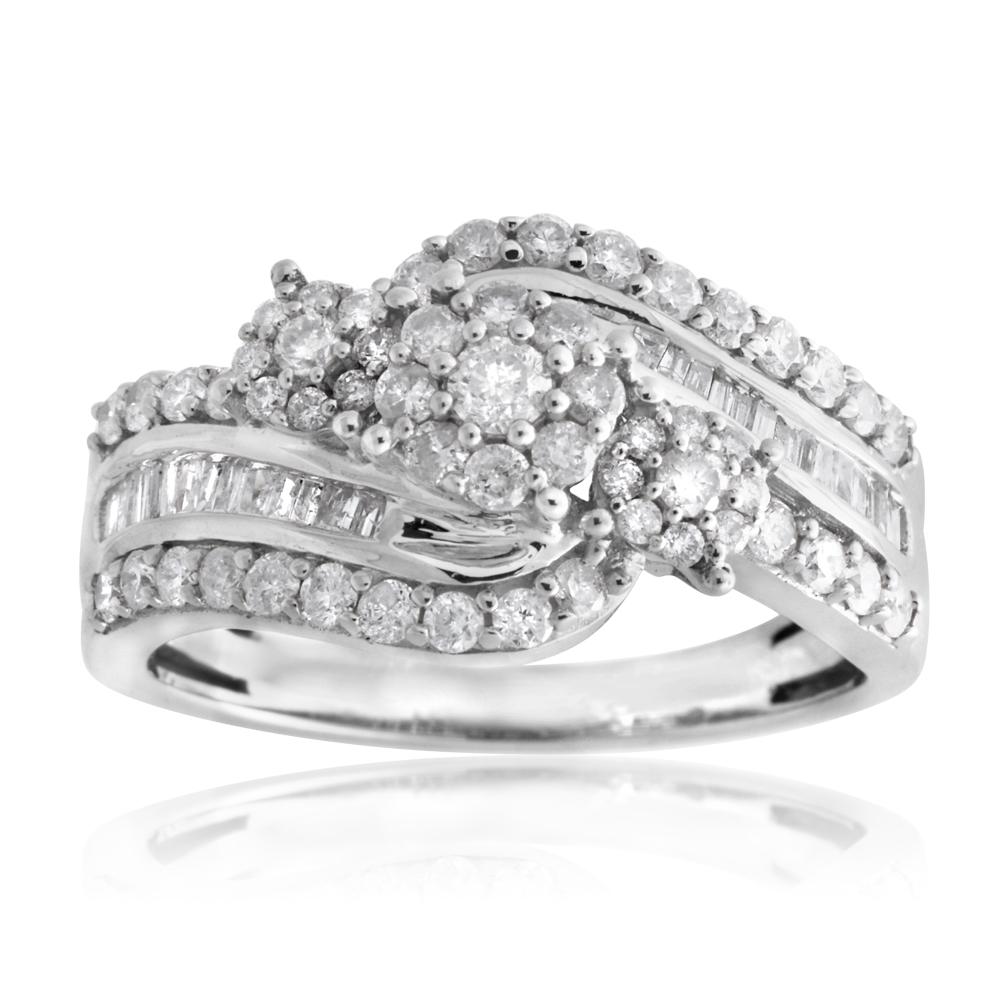 1 Carat Diamond Ring set in Sterling Silver