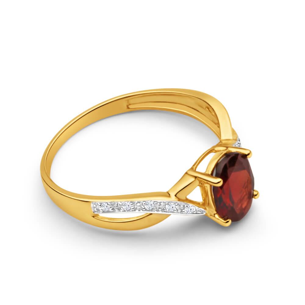9ct Dazzling Yellow Gold Diamond and Garnet Ring
