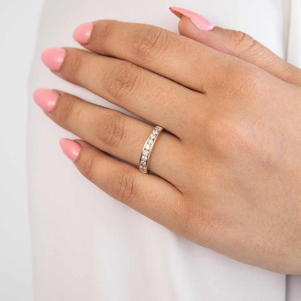 9ct Yellow Gold Diamond Ring Set with 10 Brilliant Cut Diamonds