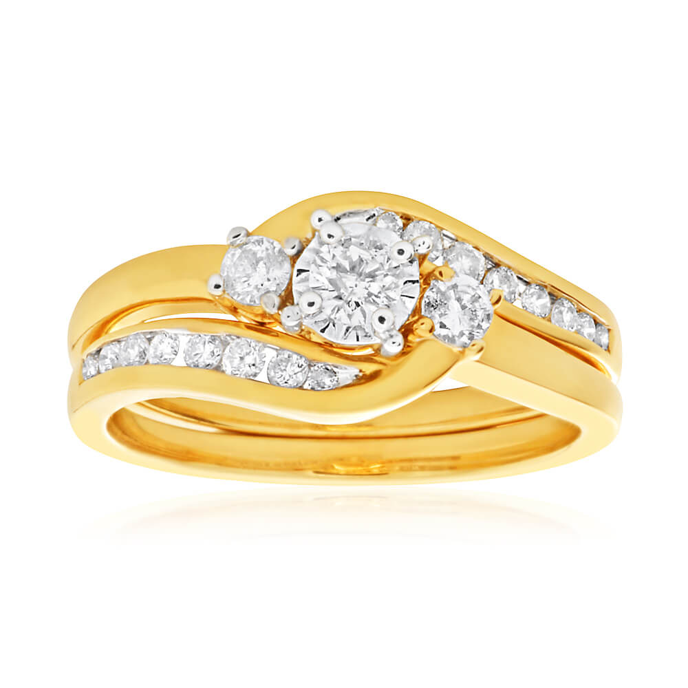 9ct Yellow Gold 2 Ring Bridal Set With 19 Diamonds Totalling 0.5 Carats