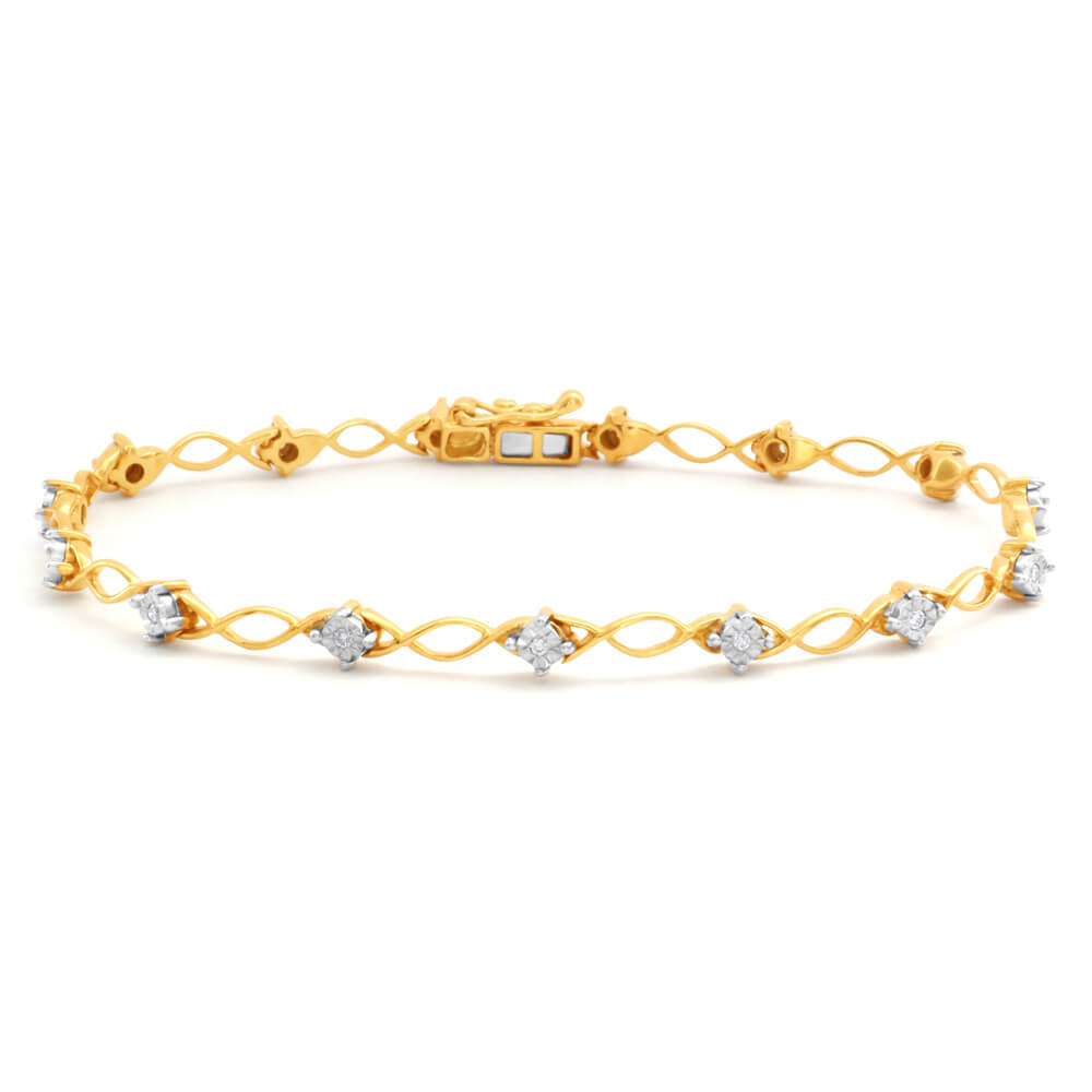 9ct Superb Yellow Gold Diamond 17.5cm Bracelet with 15 Brilliant Diamonds