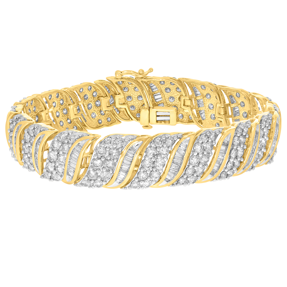 9ct Yellow Gold 10.6 Carat Diamond  18.5cm Bracelet with Brilliants and Baguettes