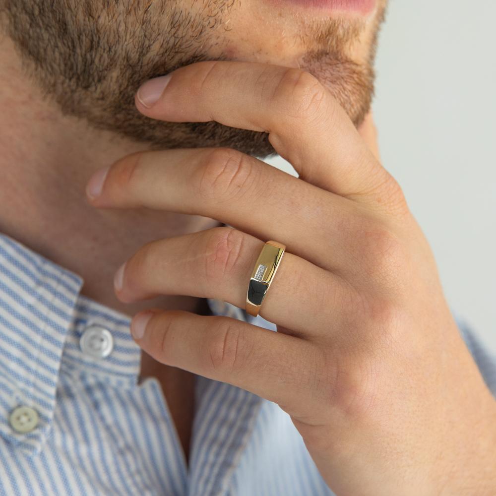 9ct Yellow Gold Diamond Man's Ring