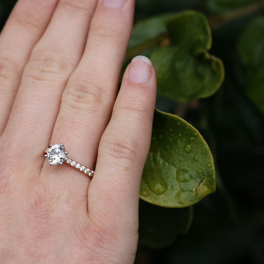 Luminesce Laboratory Grown 18ct Yellow Gold 1 Carat Diamond Ring with 1 Carat Centre