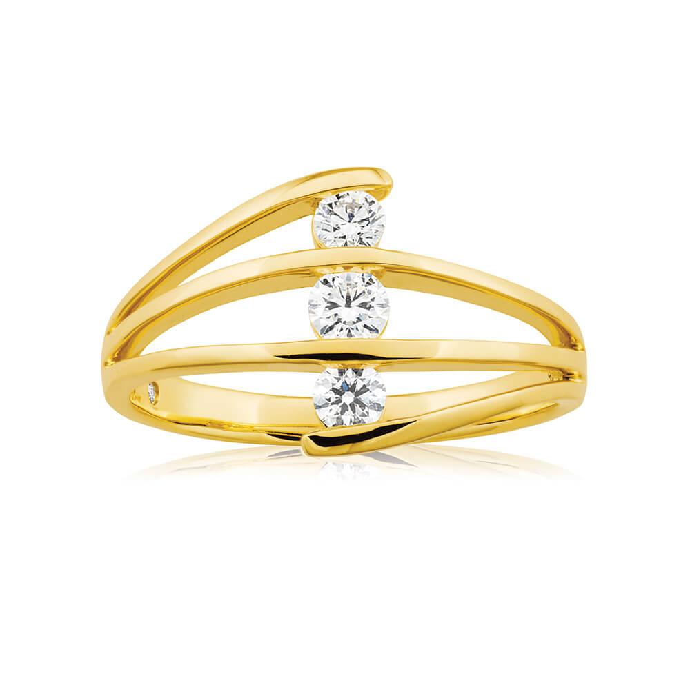 Flawless Cut 9ct Yellow Gold Three Stone Diamond Ring (TW=30-34pt)