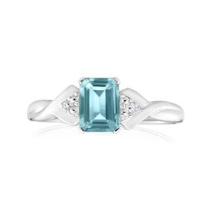 9ct White Gold Rectangluar Aquamarine + Diamond Ring
