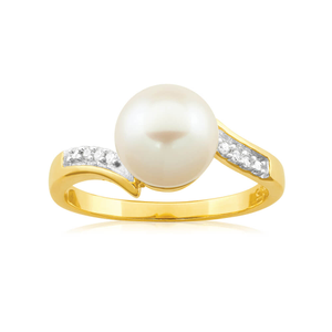 9ct Yellow Gold Diamond + Pearl Ring