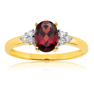 9ct Elegant Yellow Gold Diamond + Garnet Ring