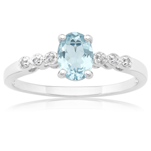 9ct White Gold Ring with Aquamarine & Diamonds