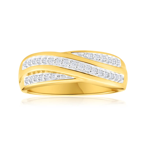 9ct Yellow Gold Diamond Ring  Set with 29 Brilliant Diamonds