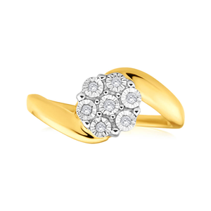 9ct Yellow Gold Diamond Ring Set With 7 Brilliant Cut Diamonds