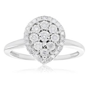 9ct White Gold Diamond Ring Set With 33 Brilliant Diamonds
