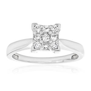 9ct White Gold Diamond Ring Set With 5 Princess and 4 Brilliant Diamonds