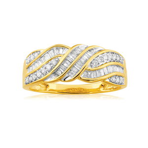 9ct Yellow Gold 1/2 Carat Diamond Ring Set With 20 Brilliant Diamonds