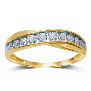 9ct Yelow Gold Diamond Ring with 13 Brilliant Cut Diamonds