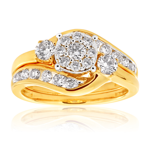 9ct Yellow Gold 2 Ring Bridal Set With 25 Diamonds Totalling 1 Carat