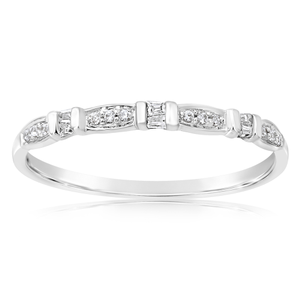 9ct White Gold Eternity Ring with 18 Diamonds