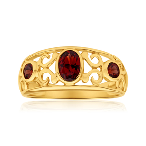 9ct Yellow Gold Garnet Ring