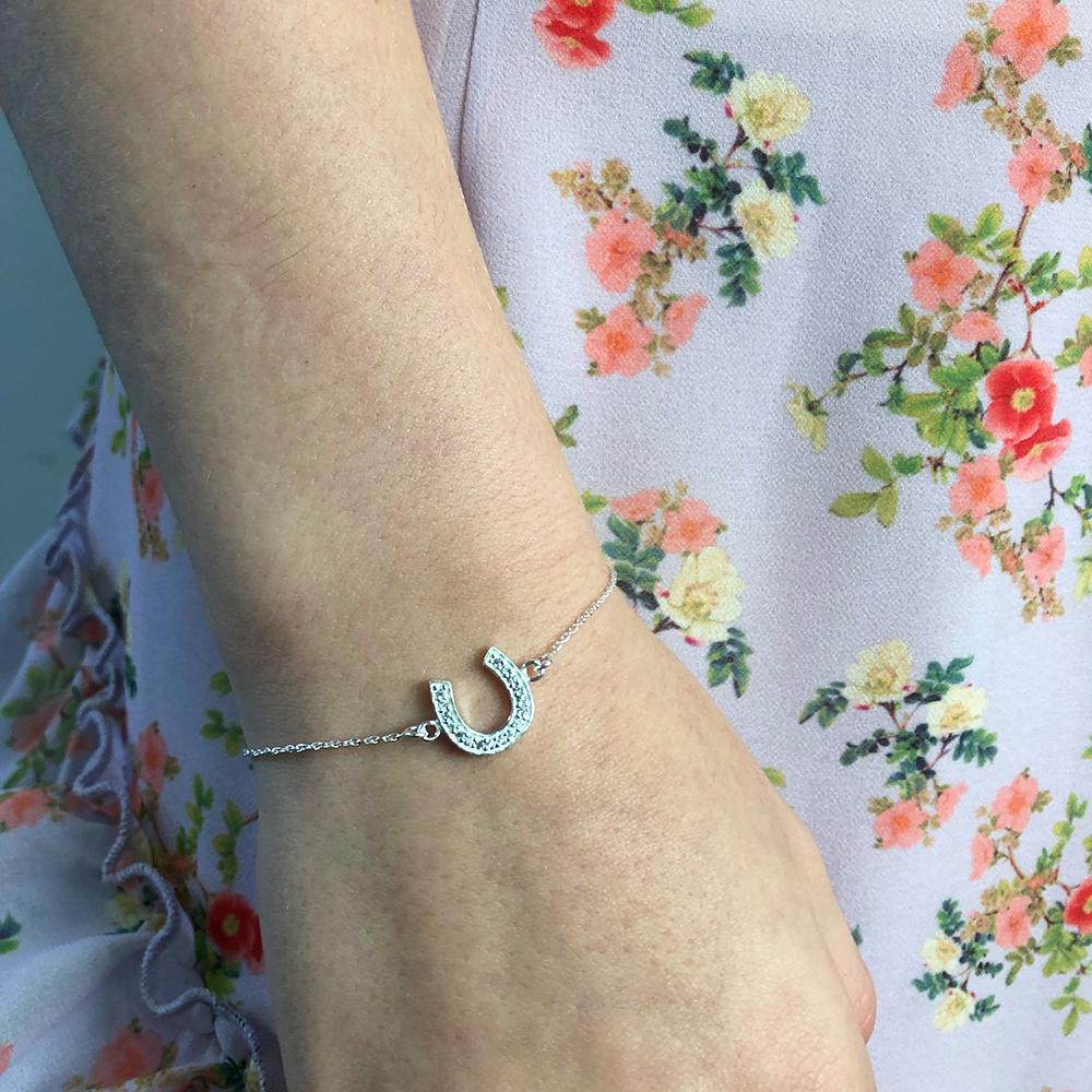 Sterling Silver 19cm Cubic Zirconia Horseshoe Good Luck Bracelet