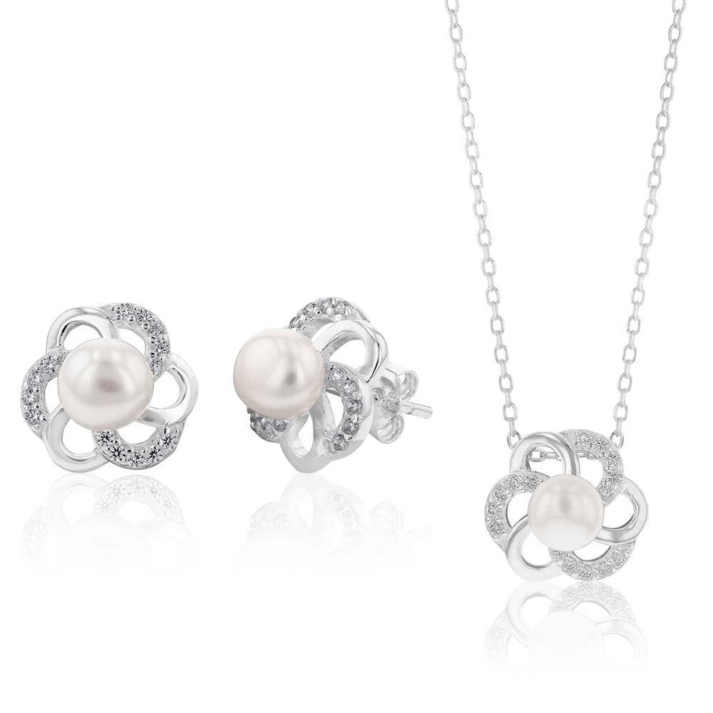 Sterling Silver Boxed Freshwater Pearl and Zirconia Flower Set with 45cm Chain